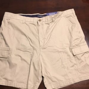 Croft and Barrow khaki cargo shorts 44